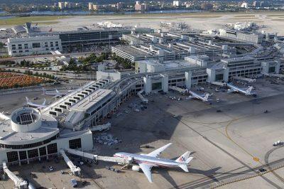 vé máy bay qua Mỹ