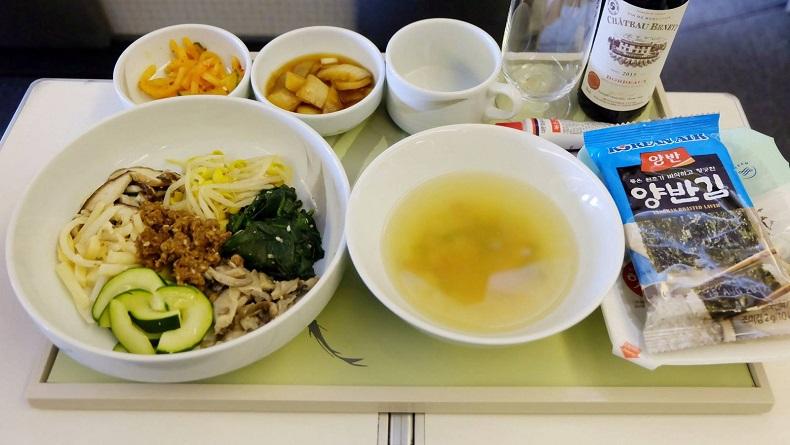 Chế độ ăn cho hạng vé thương gia của hãng hàng không Korean Air